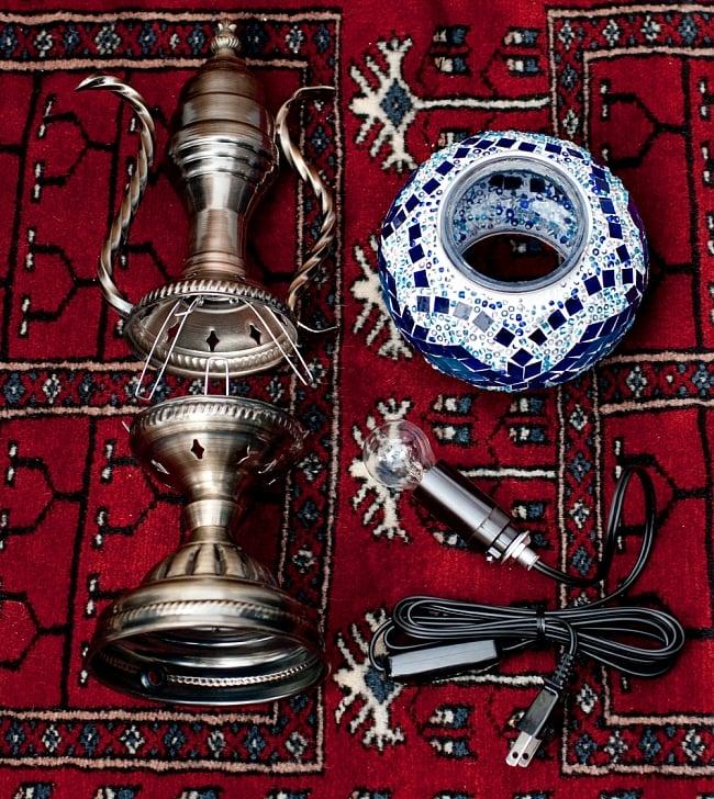 モザイクガラスのアラビアンランプ - 床置の写真8 - セット内容です。電球と電源コード付きソケットが付属しますが、お客様ご自身で分解・配線して頂く商品となります。
