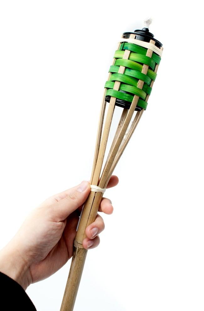 [88cm]バンブートーチ キャンプなどのアウトドアへ!竹製のたいまつの写真5 - このくらいのサイズ感になります