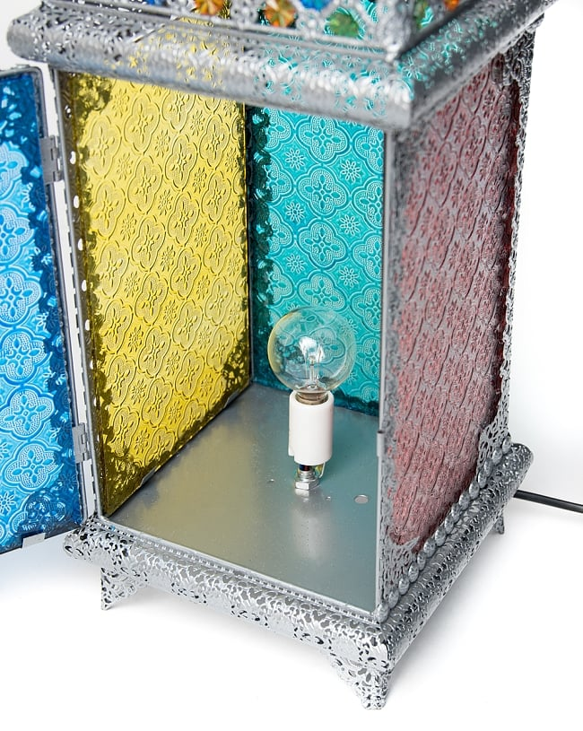 床置・吊下げ兼用アラビアンランプ - 角型の写真9 - このように電球をセットしてお使いください。