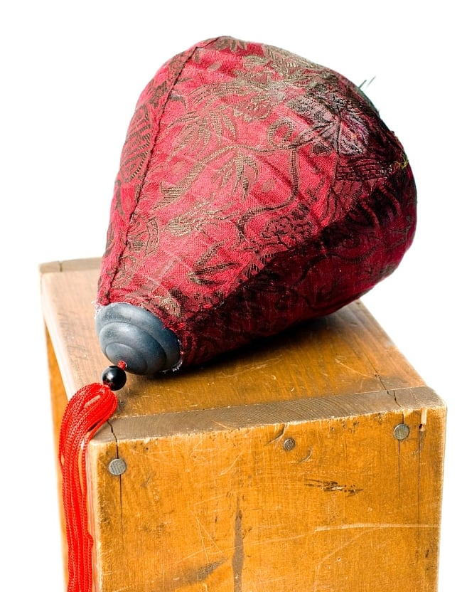 ベトナム伝統のホイアン・ランタン(提灯) お椀型 小 6 - 別アングルから