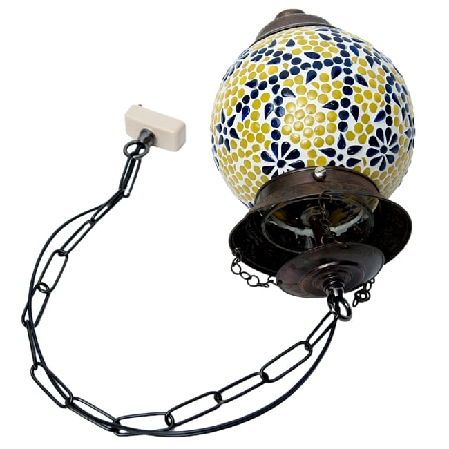 吊り下げモザイクランプ【直径:約20cm】 8 - 取り付け完成時の内側はこうなっております。最後に電球を取り付けてセッティングは完了です。(写真は商品例です。)