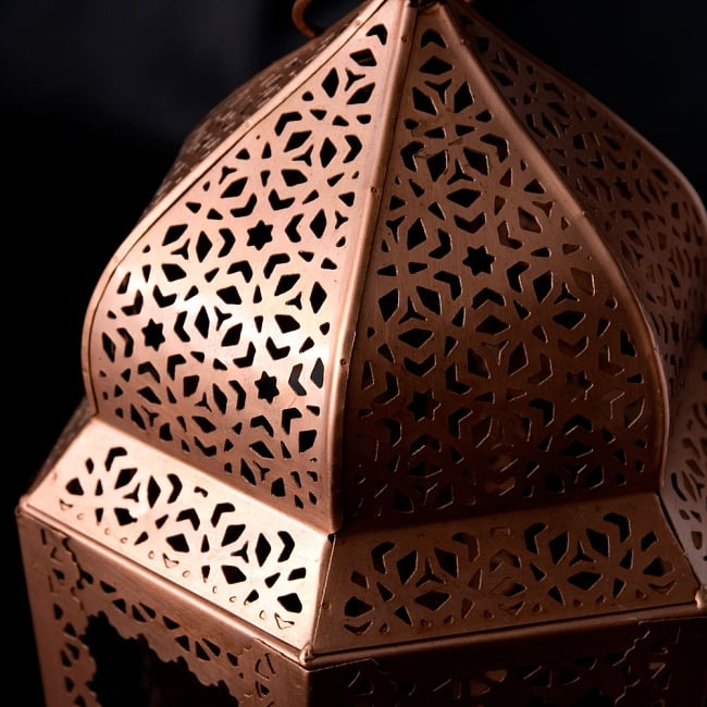 【29cm】モロッコスタイル スタンド型LEDキャンドルランタン【ロウソク風LEDキャンドル付き】 3 - アップにしてみました