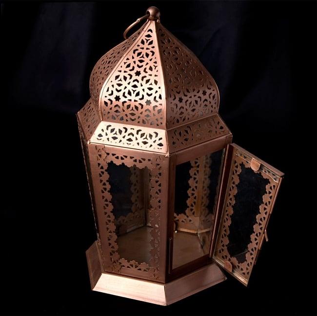 【29cm】モロッコスタイル スタンド型LEDキャンドルランタン【ロウソク風LEDキャンドル付き】 4 - 蓋を開けたところです。中にキャンドルを入れることができます