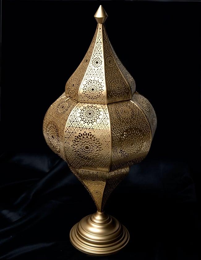【66cm】モロッコスタイル スタンド型LEDキャンドルランタン【ロウソク風LEDキャンドル付き】 9 - 暗くして、中にキャンドルを入れてみました