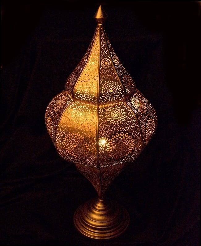 【66cm】モロッコスタイル スタンド型LEDキャンドルランタン【ロウソク風LEDキャンドル付き】の写真