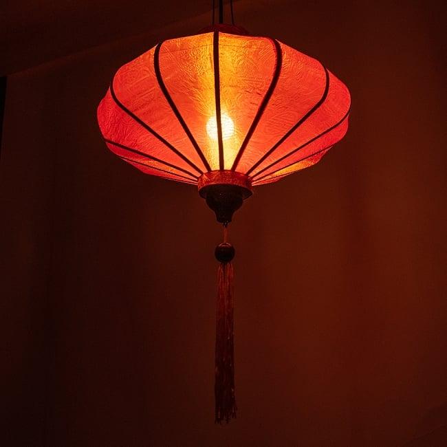 ベトナム伝統のホイアン・ランタン(提灯) - 薄ひし形(中) 3 - 幻想的な趣がありますね。