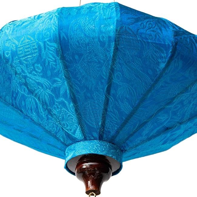 ベトナム伝統のホイアン・ランタン(提灯) - 薄ひし形(中) 9 - 空間の印象をガラリと変えてくれますね。