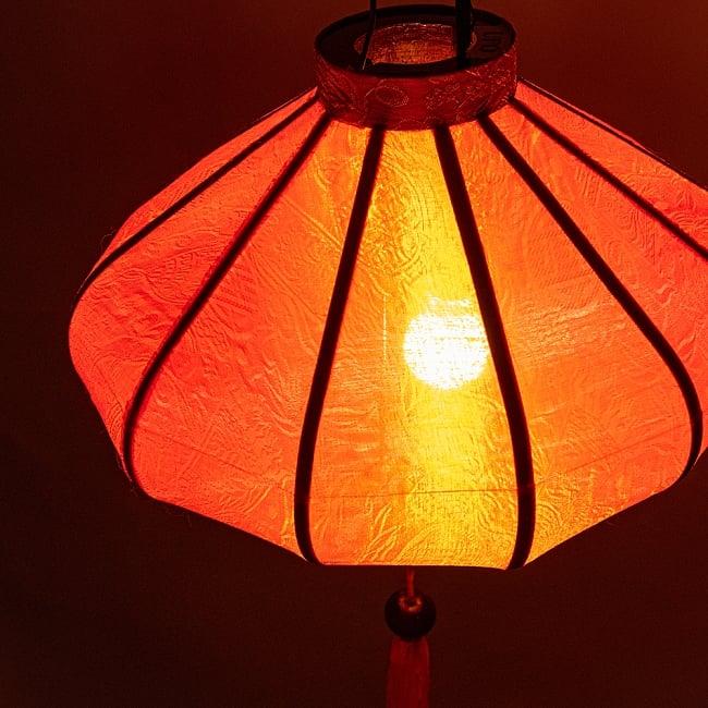 ベトナム伝統のホイアン・ランタン(提灯) - 薄ひし形(小) 5 - 角度を変えてみてみました。