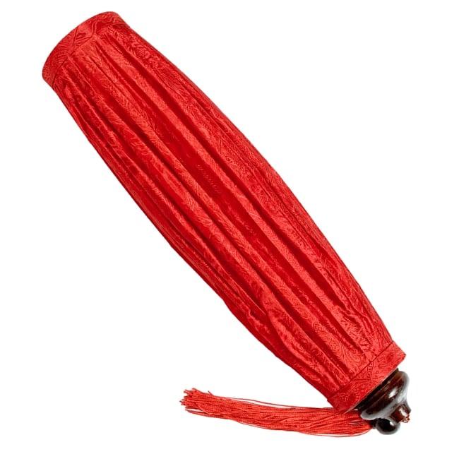 ベトナム伝統のホイアン・ランタン(提灯) - 丸型(中) 7 - 使わないときはコンパクトに折り畳めます。