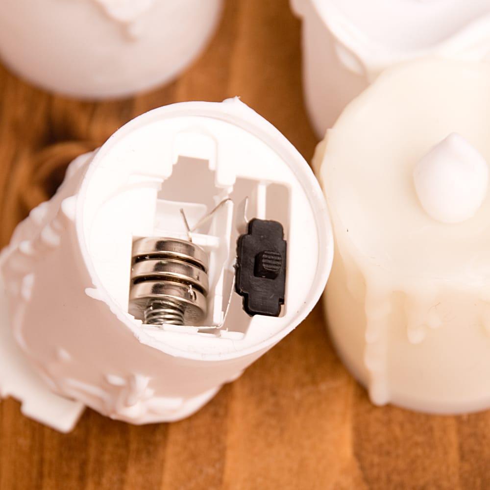 〔24個セット〕ゆらめく灯火 ロウソク風LEDキャンドルライト〔4.7cm×4cm〕 7 - ボタン電池入りなので、すぐに使えます。