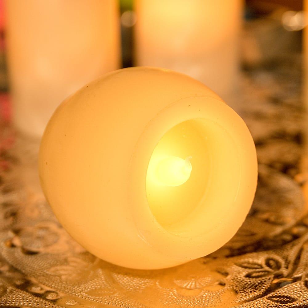 本物のロウで作られた ゆらめく灯火 ロウソク風LEDキャンドルライト〔5cm×6.4cm〕 3 - 横からの写真です