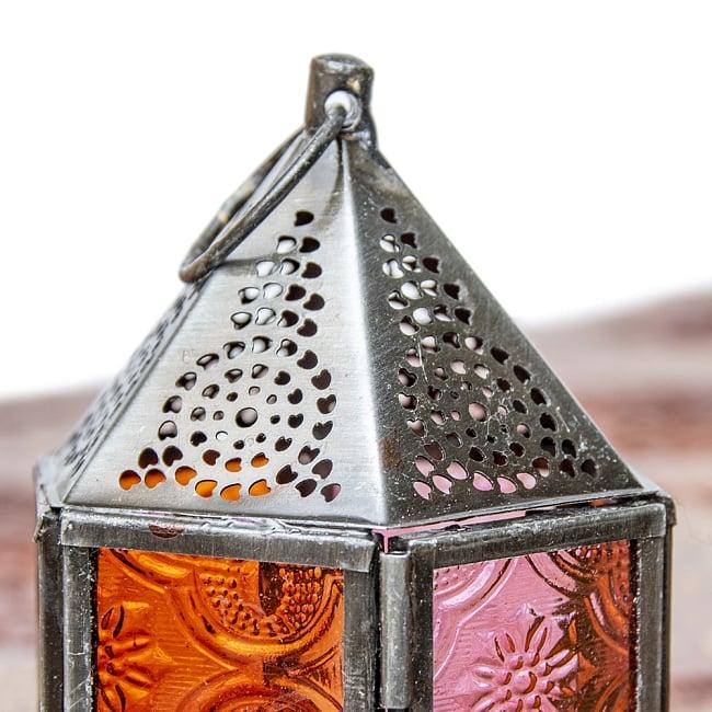 モロッコスタイルの透かし彫りキャンドルランタン【ロウソク風LEDキャンドル付き】 - 【レッド】約11×8cm 5 - モロッコランプ特有の美しい切り抜き細工。