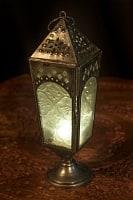 モロッコスタイルの透かし彫りLEDキャンドルランタン【ロウソク風LEDキャンドル付き】 - 【ホワイト】約23×10cm