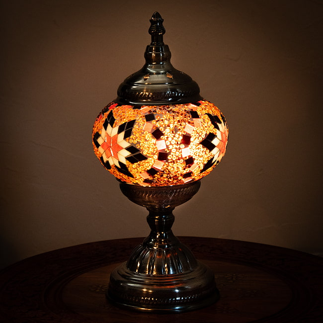 モザイクガラスのアラビアンランプ - 床置 3 - 【選択C】太陽を光らせてみました