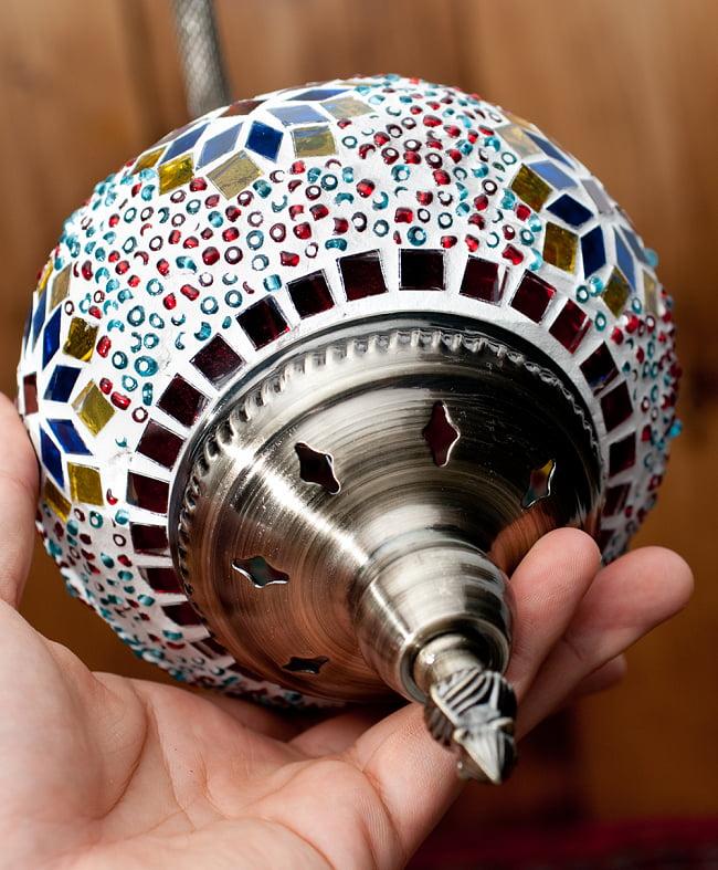 モザイクガラスのアラビアンランプ モザイクランプ - 吊り下げ型〔ソケット配線付属なしタイプ〕 6 - 底面の写真です