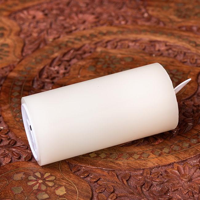 本物のロウで作られた ゆらめく灯火 ロウソク風LEDキャンドルライト レインボー〔5cm×10cm〕 6 - 横からの写真です