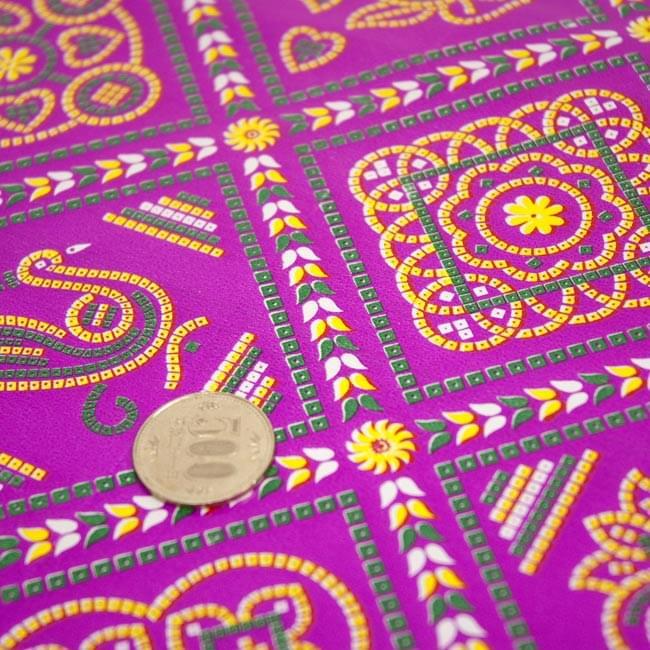 インド伝統のラッピング用紙 - 赤紫(5枚セット)の写真2 -