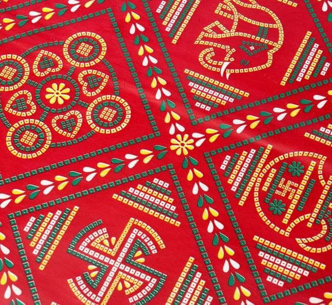 インド伝統のラッピング用紙 - 赤色(5枚セット)の写真2 - アップにしてみました