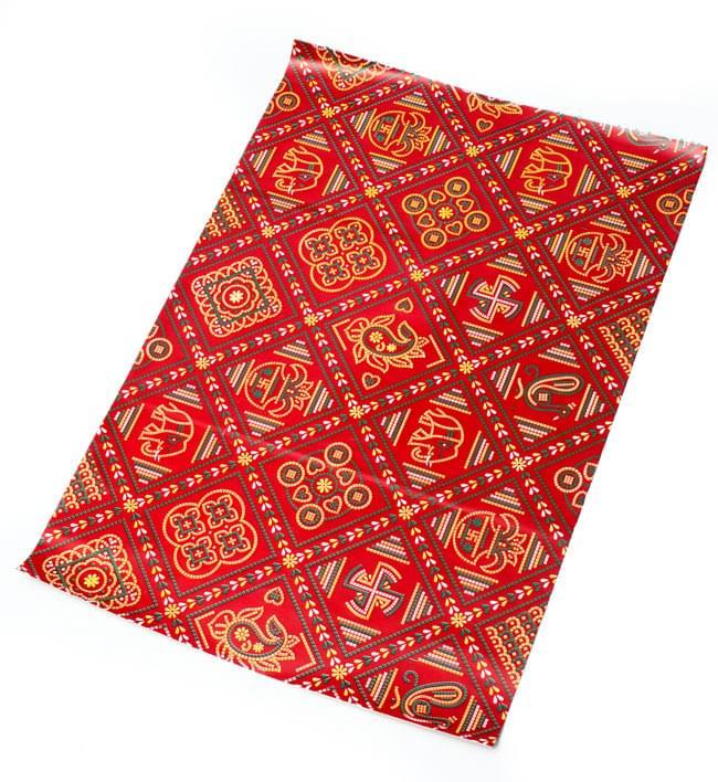 インド伝統のラッピング用紙 - 赤色(5枚セット)の写真