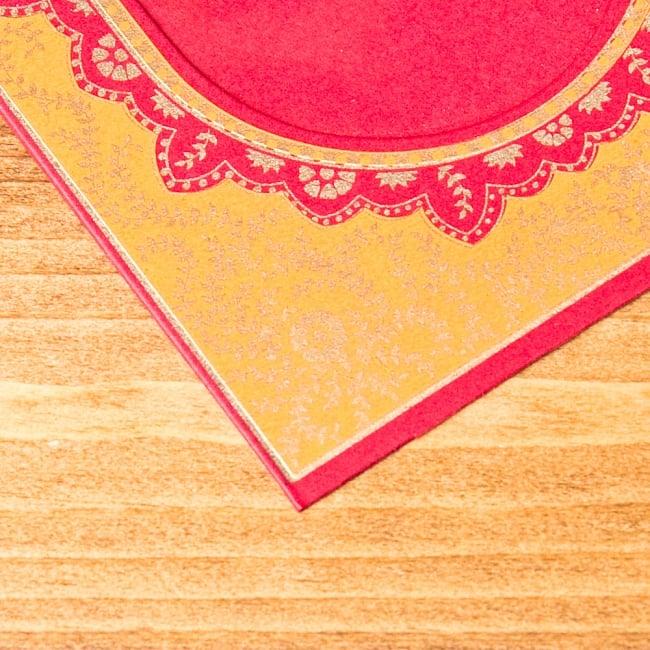 インドのフォトフレーム・ダブル【Chimanlals】レッド×オレンジ 3 - UPにしてみました!美しいデザインとキラキラ輝くゴールドが可愛いですね^^