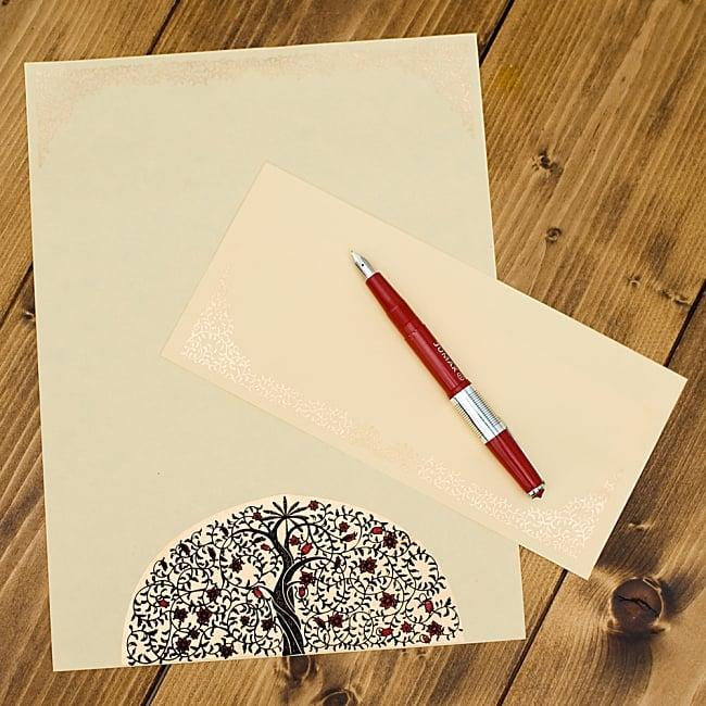 インドのレターセット - VATIKA 2 - お送りするのはA4サイズの便箋10枚と、封筒10枚になります。