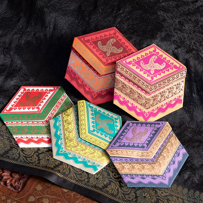 インドのメッセージカードセット - Tarang 7 - 用紙のカラーも様々です!カラフルで楽しくなりますね^^