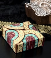 インドのラッピングボックス -  Bandhini box【色アソート】