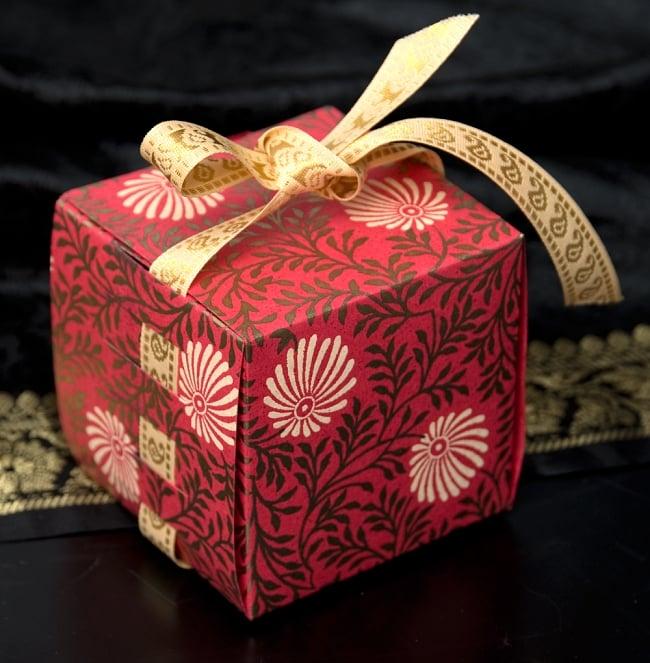 インドのラッピングボックス - ribbon box【色アソート】の写真
