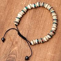ネパールの数珠ブレスレット - バッファローホーン(白)