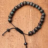 ネパールの数珠ブレスレット - バッファローホーン(黒)