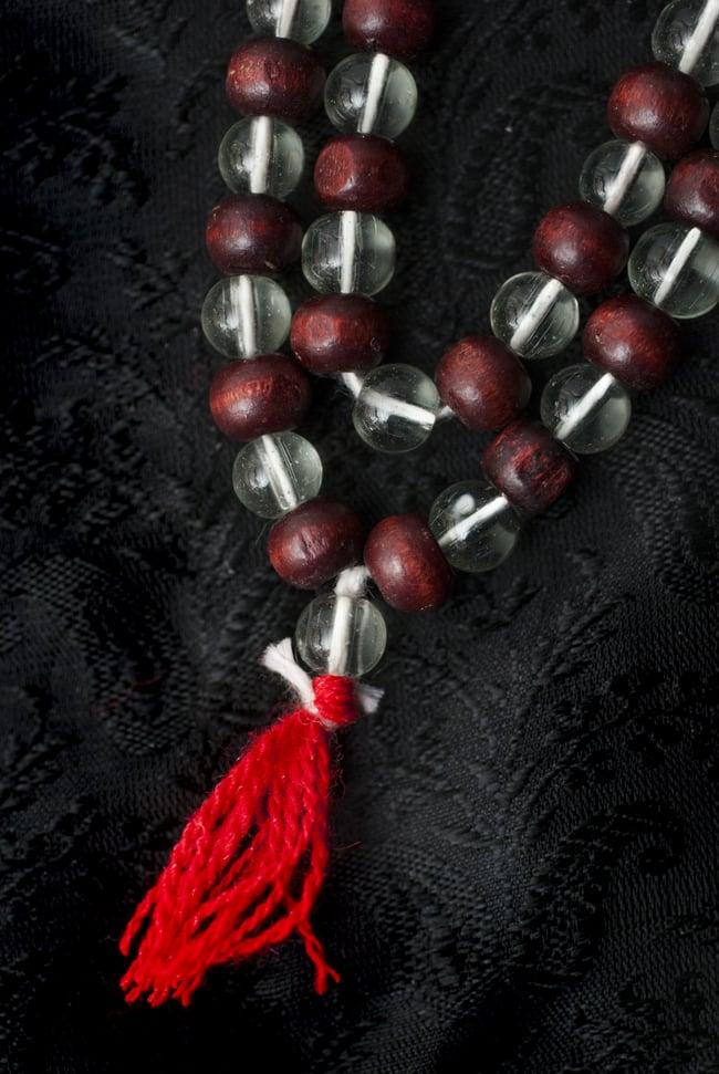 インドの数珠 - 水晶と紫光白檀 3 - 房の部分になります。