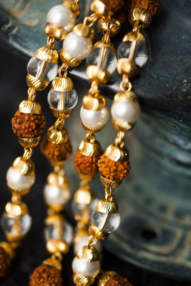 インドの数珠 - 真珠・水晶・菩提樹の写真2 - 拡大写真になります。とても趣があります。