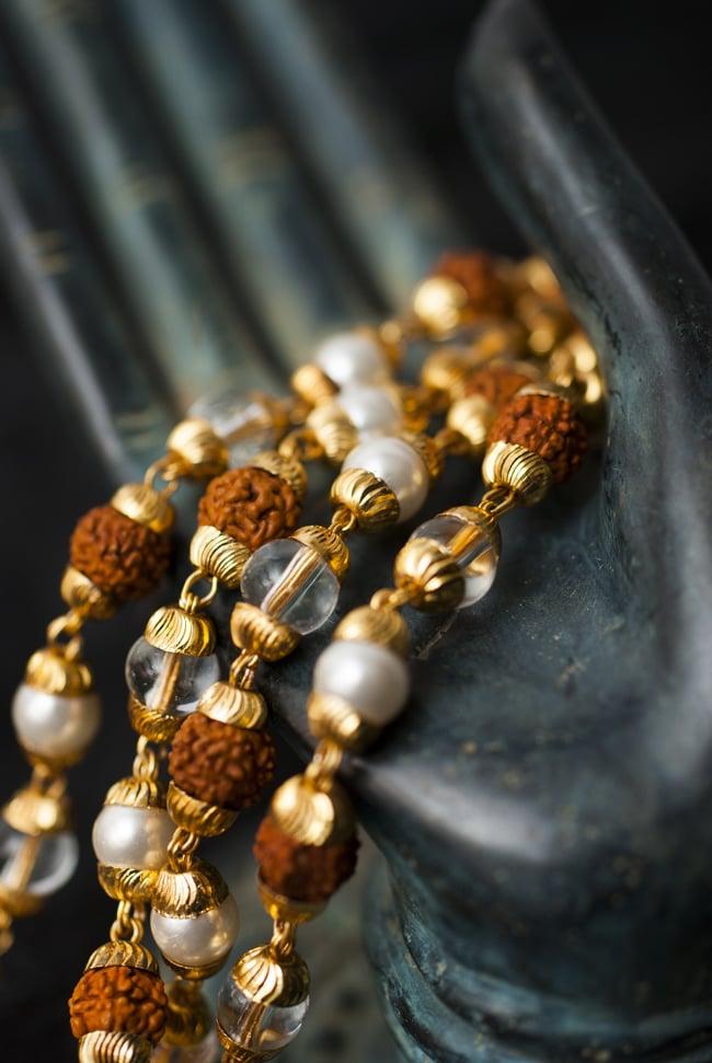 インドの数珠 - 真珠・水晶・菩提樹の写真5 - 神々の住まう大陸を偲ばせる数珠です。