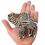 インドとアジアの布のセール品:[日替わりセール品]ウッドブロックスタンプ【ラクダ】[10cm x 10.5cm]