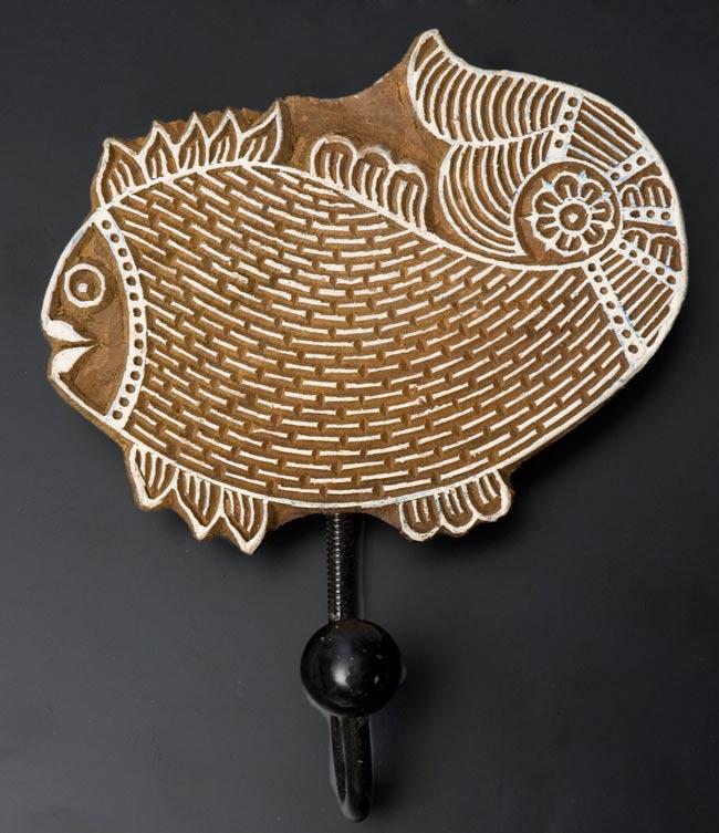 ウッドブロックハンガー【魚】[18cm x13.5cm]の写真