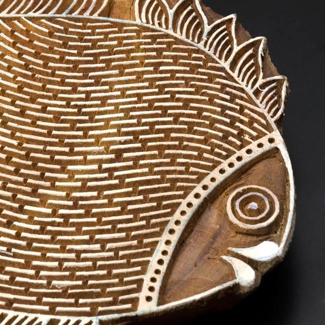 ウッドブロックハンガー【魚】[24cm x 20cm]の写真3 - 拡大写真です。