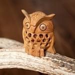 【一木造り】インド職人の手作り透かし彫り木像 ジャリ - フクロウ