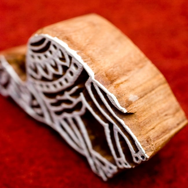 ラクダのウッドブロック -約7cmx5cm 3 - とても重厚に作られています