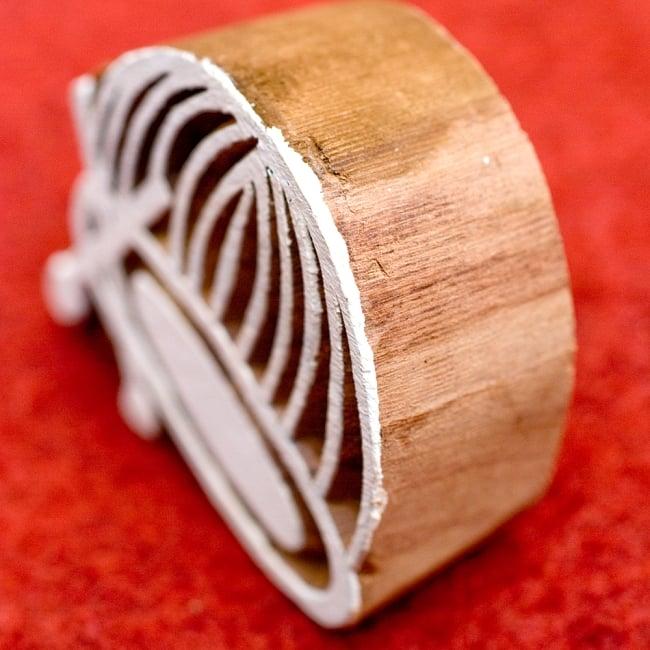 ウッドブロックスタンプ【チャンダ】-約6cmx6.5cm 3 - とても重厚に作られています