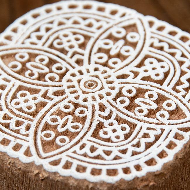 インド伝統の手彫りウッドブロックスタンプ5×5cm 3 - 厚みがあります
