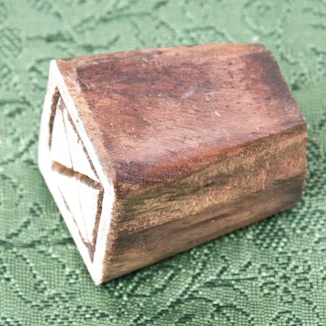 インド伝統の手彫りウッドブロックスタンプ2×2cm 3 - 厚みがあります