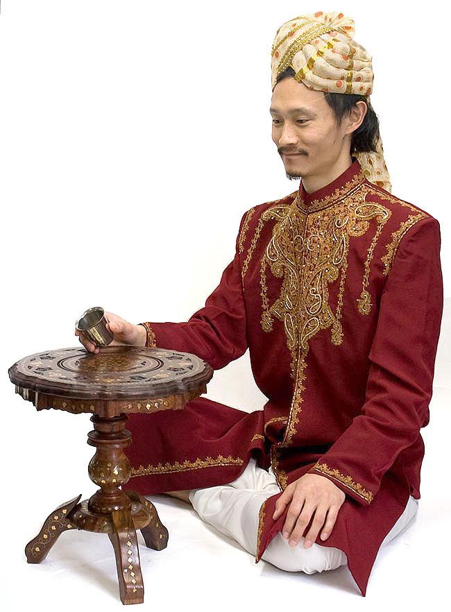 アジアンサイドテーブル 【直径:約37cm】の写真8 - インドパパが使用してみました。可愛い大きさのテーブルですね。
