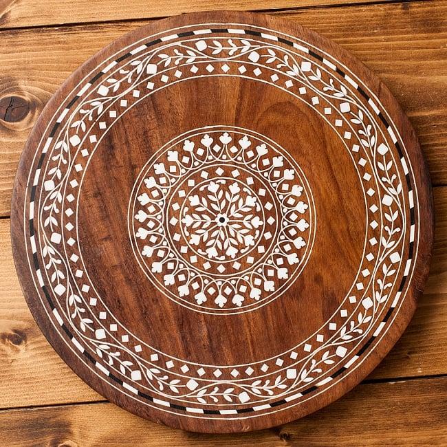 象モチーフのアジアンサイドテーブル 【直径:約30cm】 12 - 天板のデザインBはこのような装飾です。