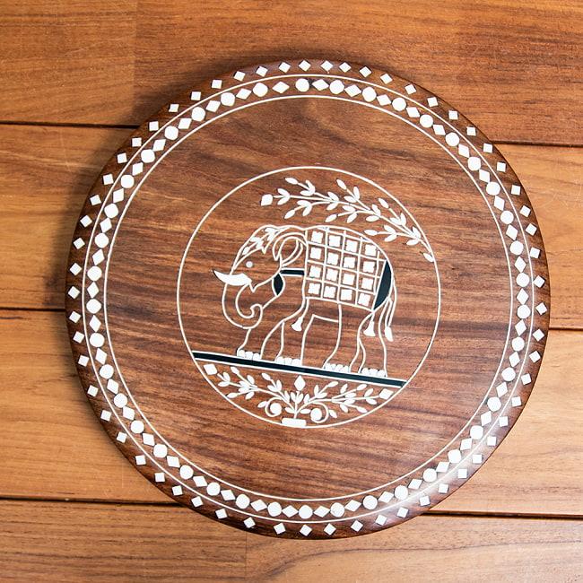 象モチーフのアジアンサイドテーブル 【直径:約30cm】 9 - 室内での使用例です。