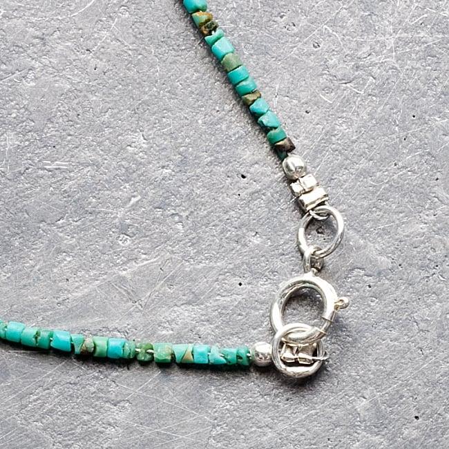 〔一点もの〕ターコイズとローマングラスのペンダント付きネックレス ローマ時代からの贈り物 8 - 着用の際は、こちらを開いて取り付けます。