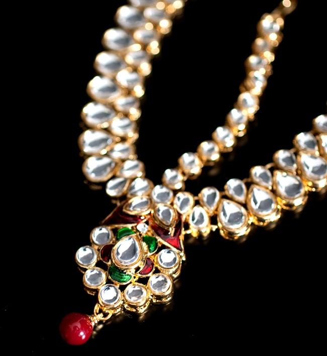 ゴージャスティッカ インドのヘアアクセサリー 2 - 光を受けるとキラキラと輝きます