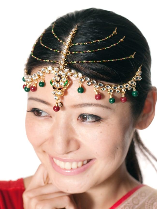 ゴージャスティッカ インドのヘアアクセサリー 8 - もともとはブライダル用に作られたアクセサリーですが、今日ではパーティーなどへも使われています。他にも舞台やダンスなど色々な場面へオススメです。