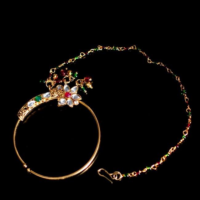 〔ナティー〕ノーズリング インドのノンホール鼻ピアスの写真2 - 光を受けるとキラキラと輝きます