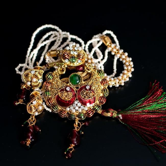 インド伝統アクセサリー ピーコックネックレス&ピアスセットの写真15 - 【選択:G】緑×赤の写真です