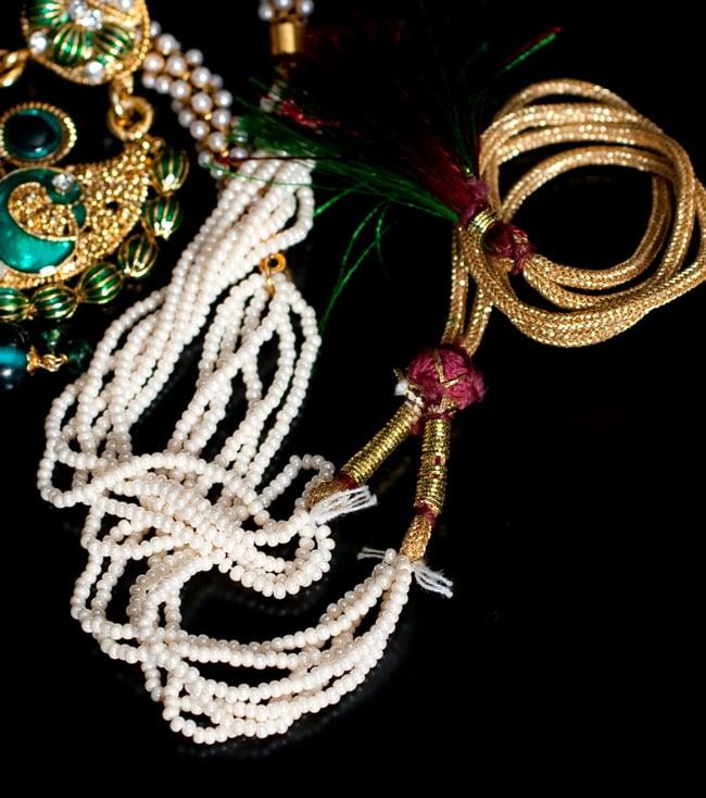インド伝統アクセサリー ピーコックネックレス&ピアスセット 3 - 紐部分の拡大写真です